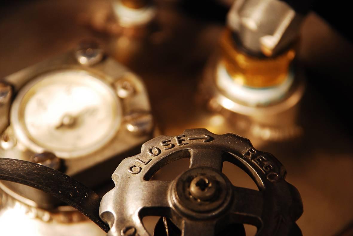 Detalle de las botellas de propano de un globo de aire caliente