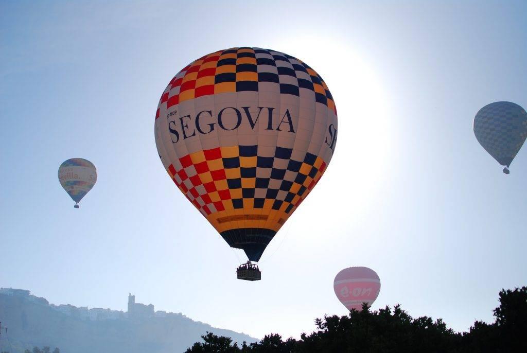 Campaña publicitaria con un globo