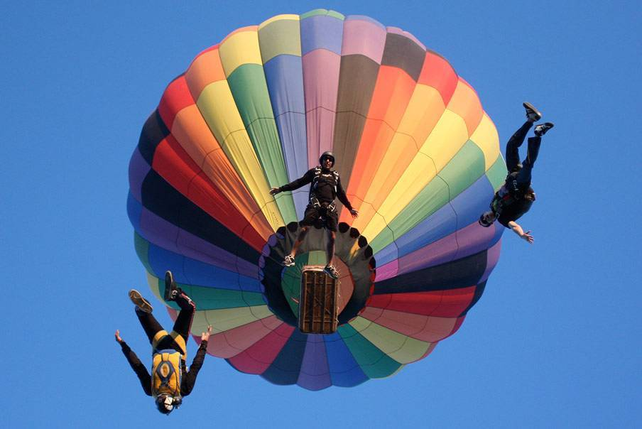 Paracaídas y globos aerostáticos