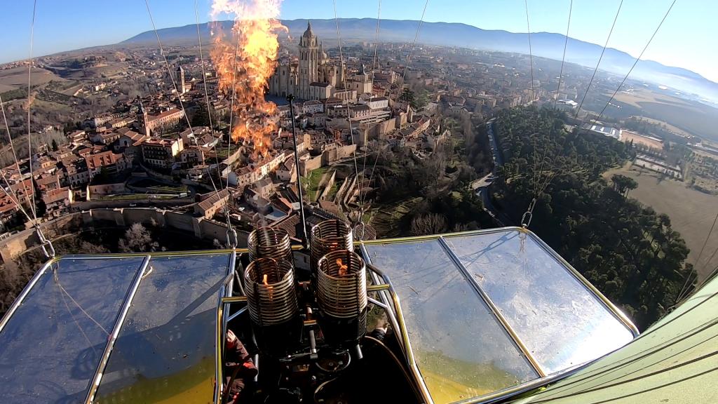 Volar en globo en Segovia
