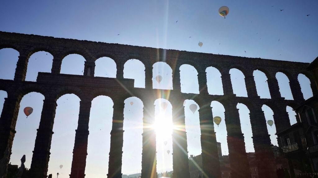 Ciudades para volar en globo. Segovia