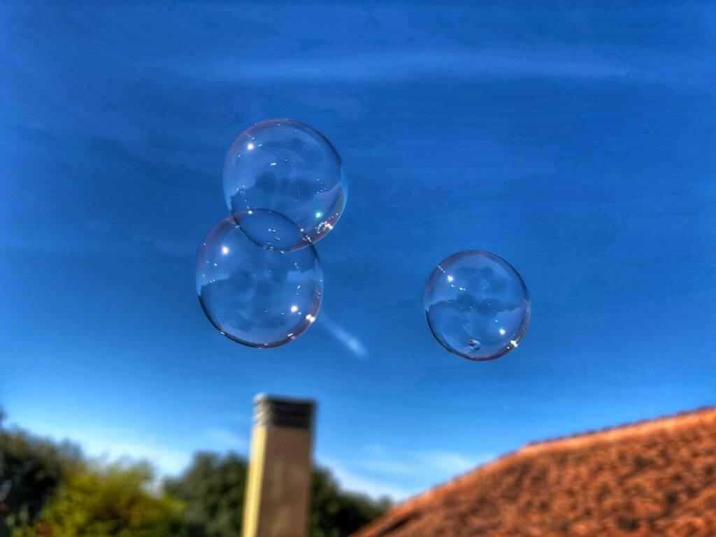 Qué pesa más un globo aerostático